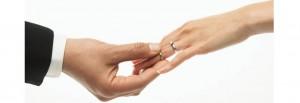 טבעת אירוסין - עם יהלום או בלי
